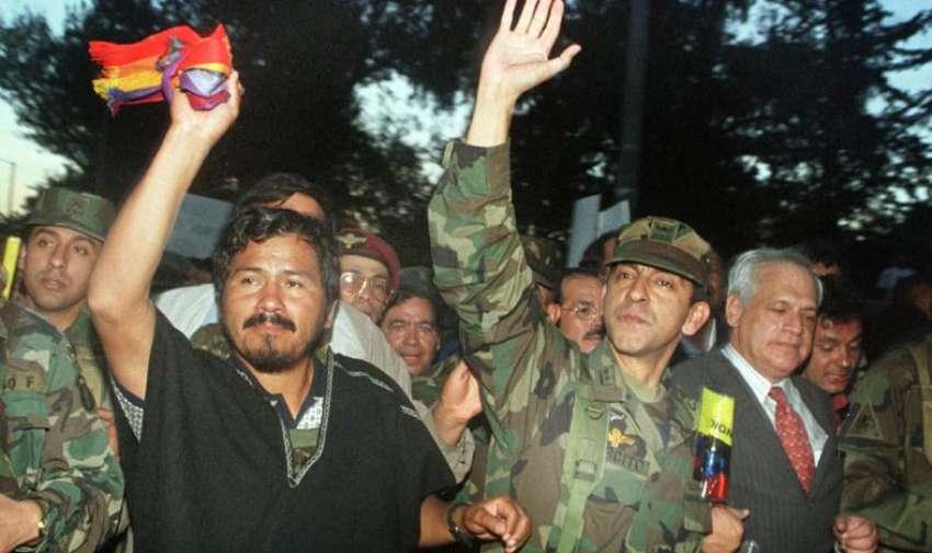 Movimiento militar Indígena encabezado por Crnel. Lucio Gutiérrez
