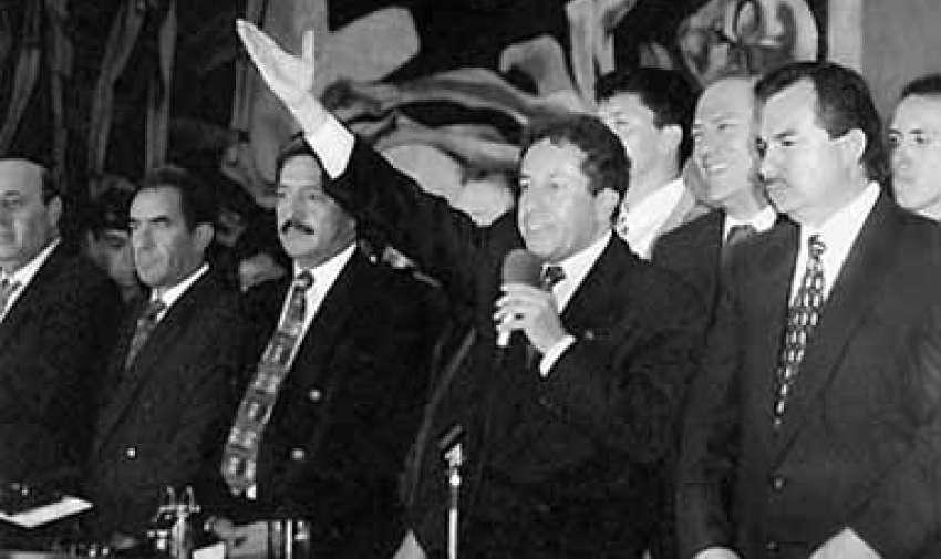 Presidente del Ecuador del 11 de febrero de 1997 y el 10 de agosto de 1998