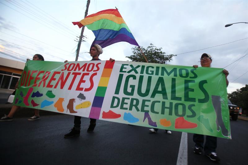 Organizaciones contra la discriminacion homosexual