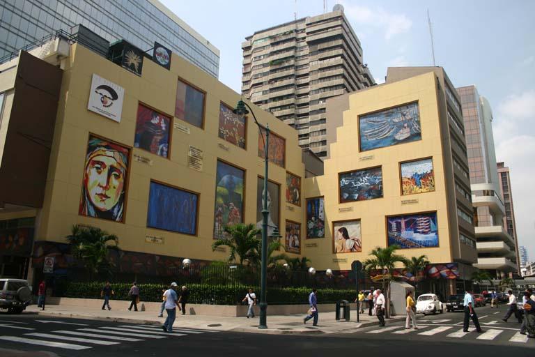 Guayaquil es mi destino para conocer su historia a través de sus edificios patrimoniales.