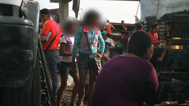 mujeres en busca de jovenes en guayaquil chica escort madrid