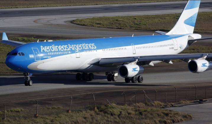 Argentina Aerolineas Argentinas Decidio Cancelar Por Razones Operativas Y De Seguridad Su Unico Vuelo Sema Caracas Foto Archivo