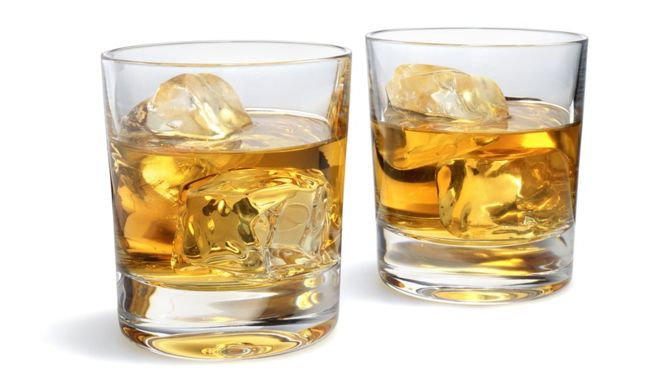 Por Qué El Whisky Sabe Mejor Si Lo Mezclas Con Agua Ecuavisa