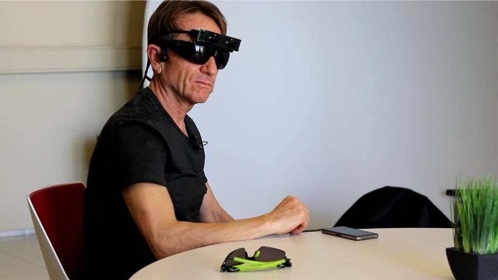 Gafas inteligentes para ciegos llegan al mercado | Ecuavisa