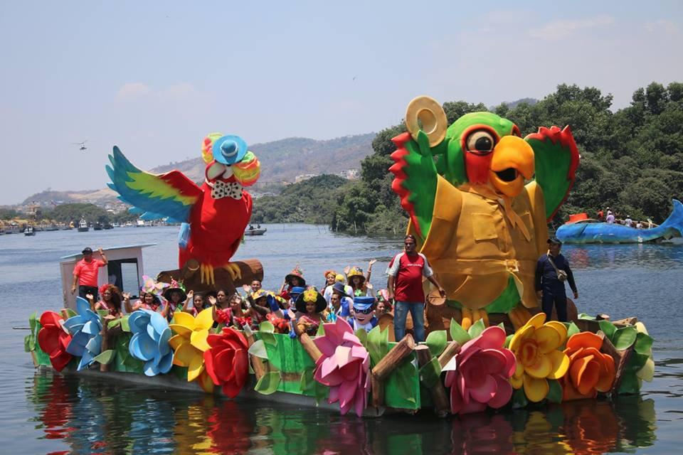 Con gran orgullo, los guayaquileños celebraron a la 'Perla del Pacífico' en sus fiestas. Foto: Doménica Tabacchi