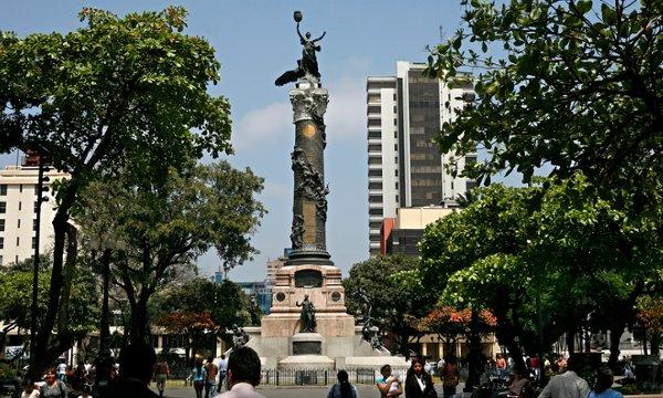Hoy, Guayaquil cuenta con una moderna urbe con servicios e infraestructura.
