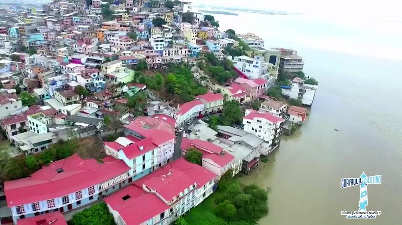 El Circuito Acuático Fluvial te lleva a disfrutar de la belleza de Guayaquil.