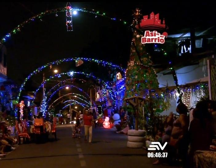 Como se preparan los barrios populares de Guayaquil para Navidad.