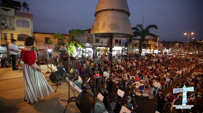 Los sectores donde se realizó la iluminación de los árboles fueron Portete, Pascuales, Chongón y la Isla Trinitaria.