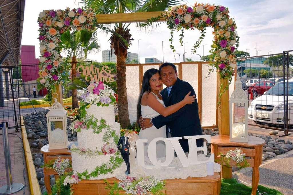 32 parejas se casaron en boda colectiva en Centro de Convenciones. Foto: Twitter Guayaquil es mi destino