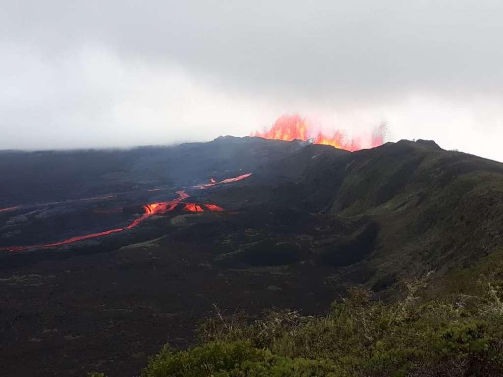 Visitas se reanudan al Sierra Negra, en Galápagos | Ecuavisa