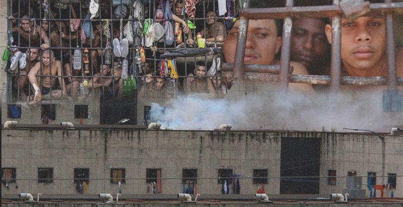 La masacre sucedida en Ecuador, el pasado 23 de febrero, dejó 81 muertos. Arte: Jhosue Vite.
