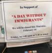 Empleadores y empresas privadas mostraron carteles de apoyo a la manifestación de sus trabajadores migrantes. Foto: Conexión Migrante