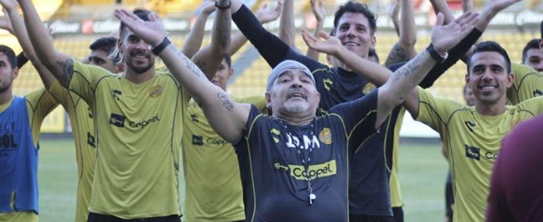 El exentrenador de la selección argentina compartió con los hinchas del equipo sinaloense. Foto: @Dorados