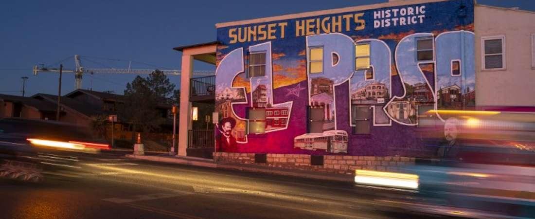 Mural de Alex Lomeli en El Paso, Texas. Foto: AFP