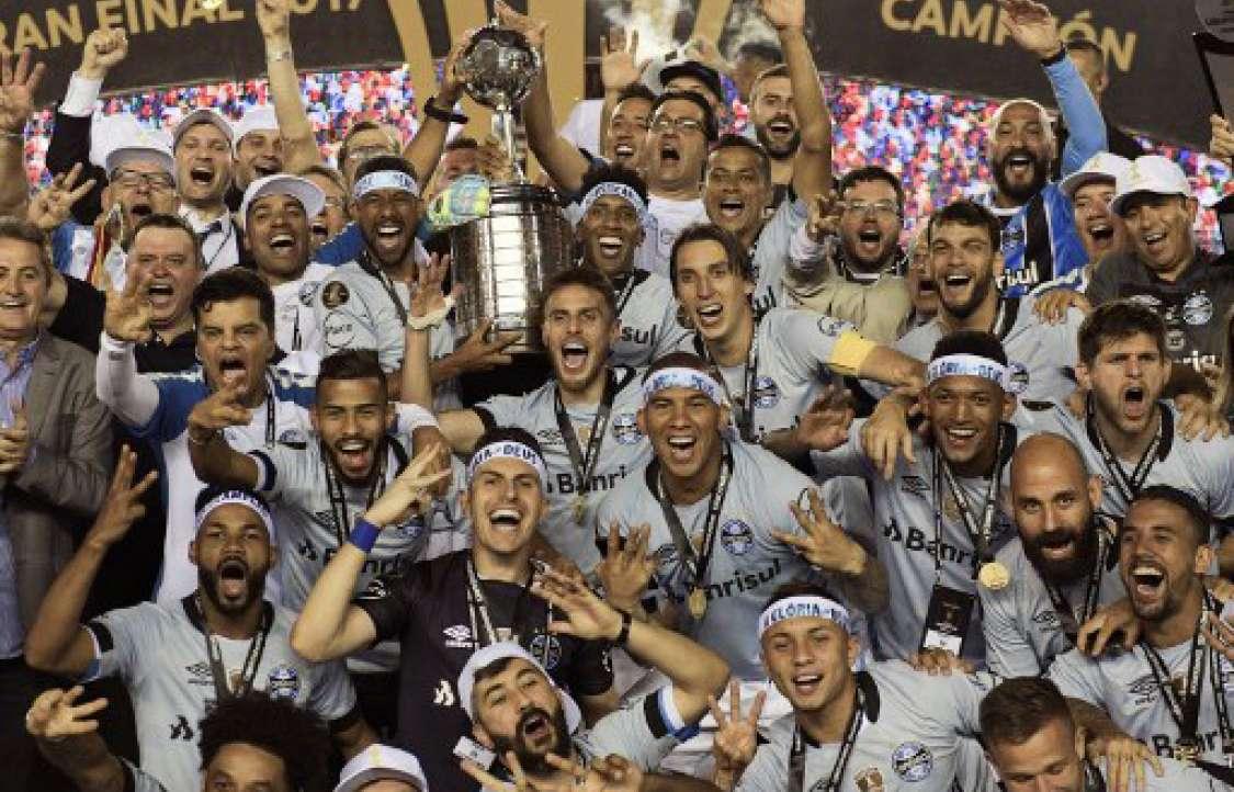 Gremio celebra su victoria en la Copa Libertadores