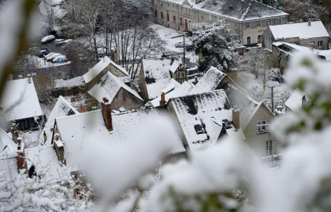 Fuerte nevada paraliza a París
