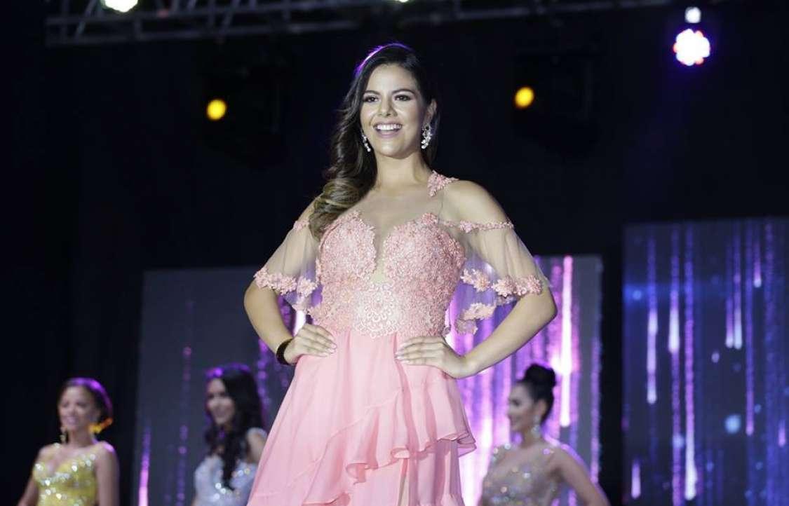 Annelie Ruíz, de Machala, 24 años.
