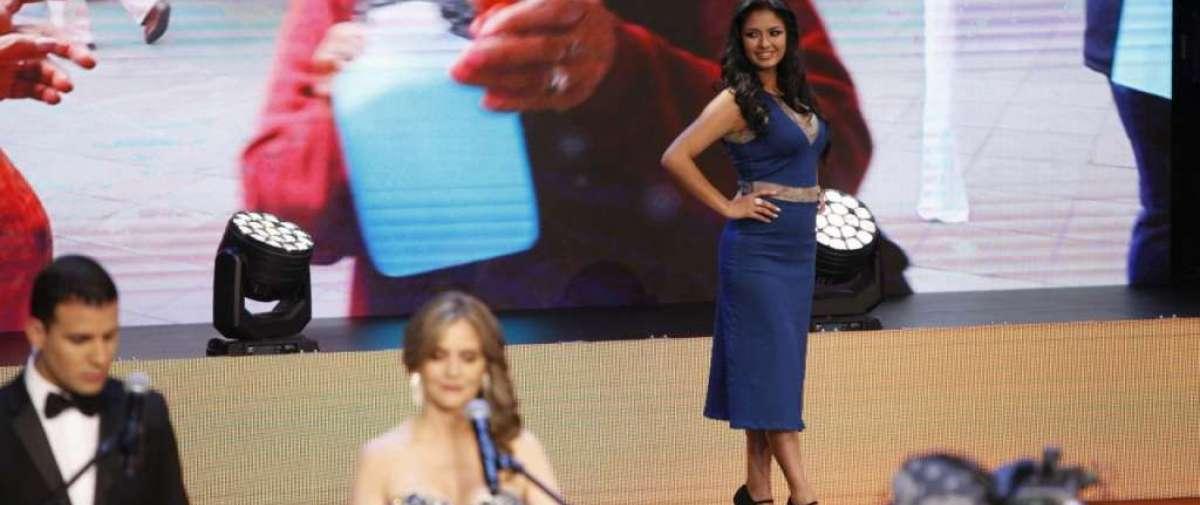 Candidatas a Reina de Quito en su presentación musical