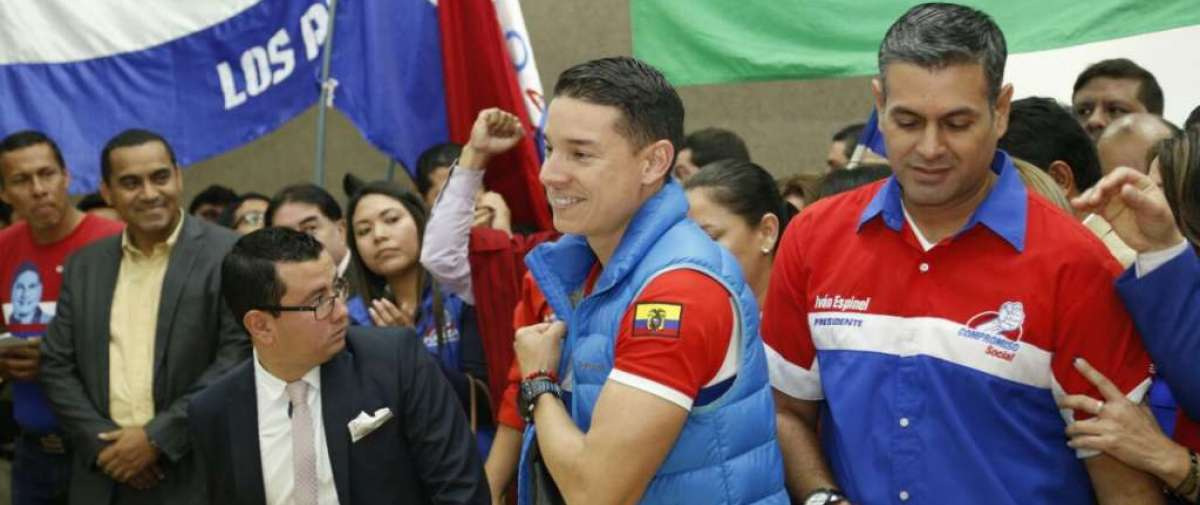 Iván Espinel anunció que puso a disposición su cargo ante el presidente Lenín Moreno. Foto: API