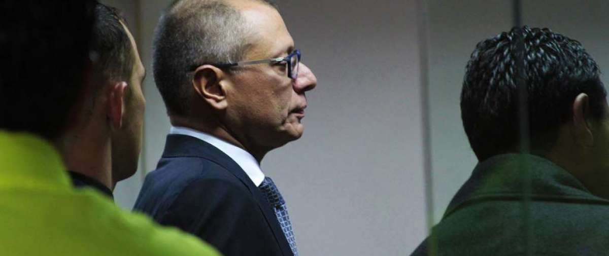 El vicepresidente Glas, quien lleva dos meses detenido sin perder el cargo, se convertiría en el funcionario en activo de mayor rango en ser condenado por el caso Odebrecht. Foto: API