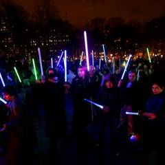 """Star Wars: The Force Awakens"" recaudó este fin de semana 2 millones de dólares."