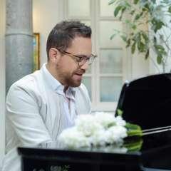 El cantante ecutoriano Juan Fernando Velasco ganó un premio Emmy. Foto: Instagram Juan Fernando Velasco