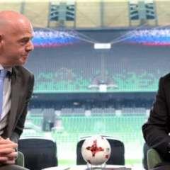 Gianni Infantino (izq.) visitó Rusia donde mantuvo una reunión con el presidente Vladimir Putin.