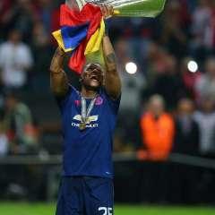 Antonio Valencia es el primer jugador ecuatoriano en conquistar la UEFA Europa League.