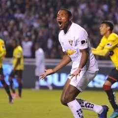 Liga de Quito y Barcelona empataron en el renombrado estadio Rodrigo Paz Delgado.