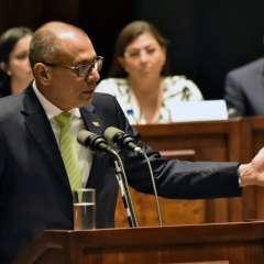 El vicepresidente Jorge Glas durante su intervención en la Asamblea Nacional sobre el caso de corrupción de la constructora brasileña Odebrecht. Foto: AFP