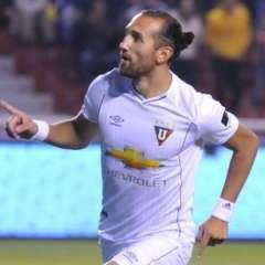 Hernán Barcos dio un mensaje tras el empate en el estadio Rodrigo Paz Delgado.