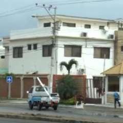 El domicilio de Gonzabay está ubicado en una urbanización privada en Salinas. Foto: Captura Video.
