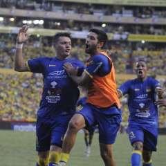 En el partido de la fecha, Delfín remontó y venció a Barcelona en el Monumental.