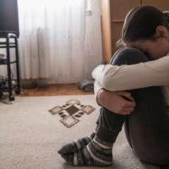 Los niños adoptados procedentes de Europa del Este suelen tener más problemas de comportamiento, hiperactividad o trastorno de apego, según la doctora Ochando. Foto: BBC