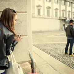 Ella decidió pagarle a él de la misma forma, según video de YouTube. Foto referencial / Shutterstock