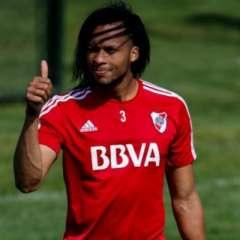 Arturo Mina es jugador de River Plate pero podría seguir su carrera en otro club.