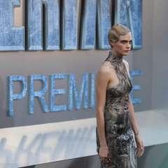 Delevingne ha ganado millones de dólares modelando en pasarelas. Foto: AFP