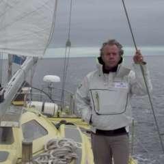 Pen Hadow se hizo conocido en 2003 por caminar solo de Canadá al Polo Norte.