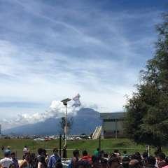 Autoridades mexicanas informaron de la alerta amarilla por actividad registrada en el volcán Popocatépetl. Foto: Twitter @