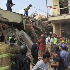 CIUDAD DE MEXICO, México.- La escuela, localizada en el extremo sur de la capital, es considerada como uno de los sitios prioritarios de las labores de rescate. Foto: AFP.