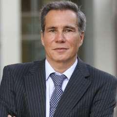 BUENOS AIRES, Argentina.- Nisman fue hallado muerto en el baño de su apartamento con un tiro en la cabeza, el 18 de enero de 2015. Foto: AP.