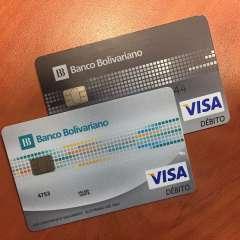 Muchos usuarios hasta 2014 eran ajenos a las compras con tarjetas de débito. El uso del chip en las tarjetas cambió ese panorama. Foto: Cortesía.