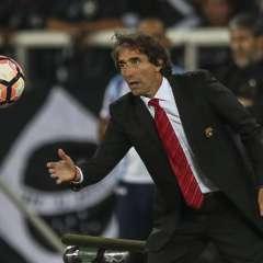 El uruguayo Guillermo Almada se mostró tranquilo por el rendimiento del equipo en el torneo.