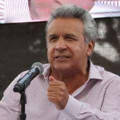 Mandatario convocó a la ciudadanía a respaldar su propuesta de consulta popular. Foto: Twitter Lenín Moreno