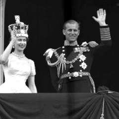 LONDRES, Reino Unido.- El 20 de noviembre de 1947, la entonces princesa Isabel contrajo el matrimonio con el teniente Felipe Mountbatten. Foto: AP