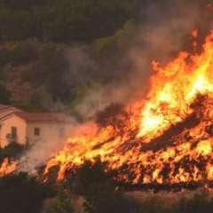 El bombero murió en el condado de Ventura en California.  Foto:AFP
