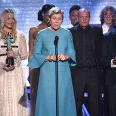 """""""Tres anuncios por un crimen"""" ganó el premio a mejor elenco en película de cine y apunta a ser una de las favoritas para los Oscar."""