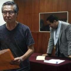 Los fiscales piden 25 años de prisión para Fujimori, de 79 años. Foto: AP.