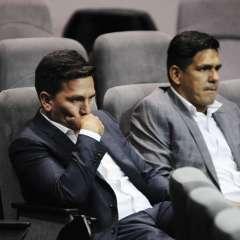 El entrenador ecuatoriano convocó a rueda de prensa para pedir disculpas. Foto: API